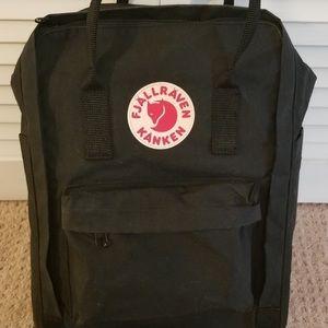❌SOLD❌kanken backpack
